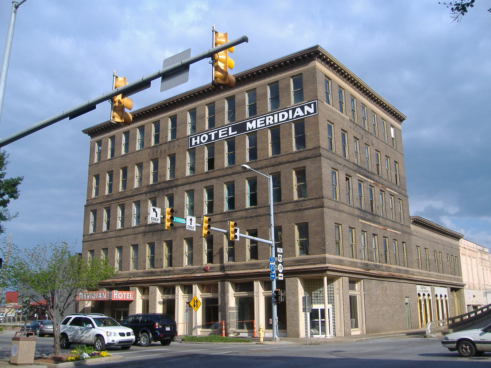 File Hotel Meridian Downtown Ms Jpg