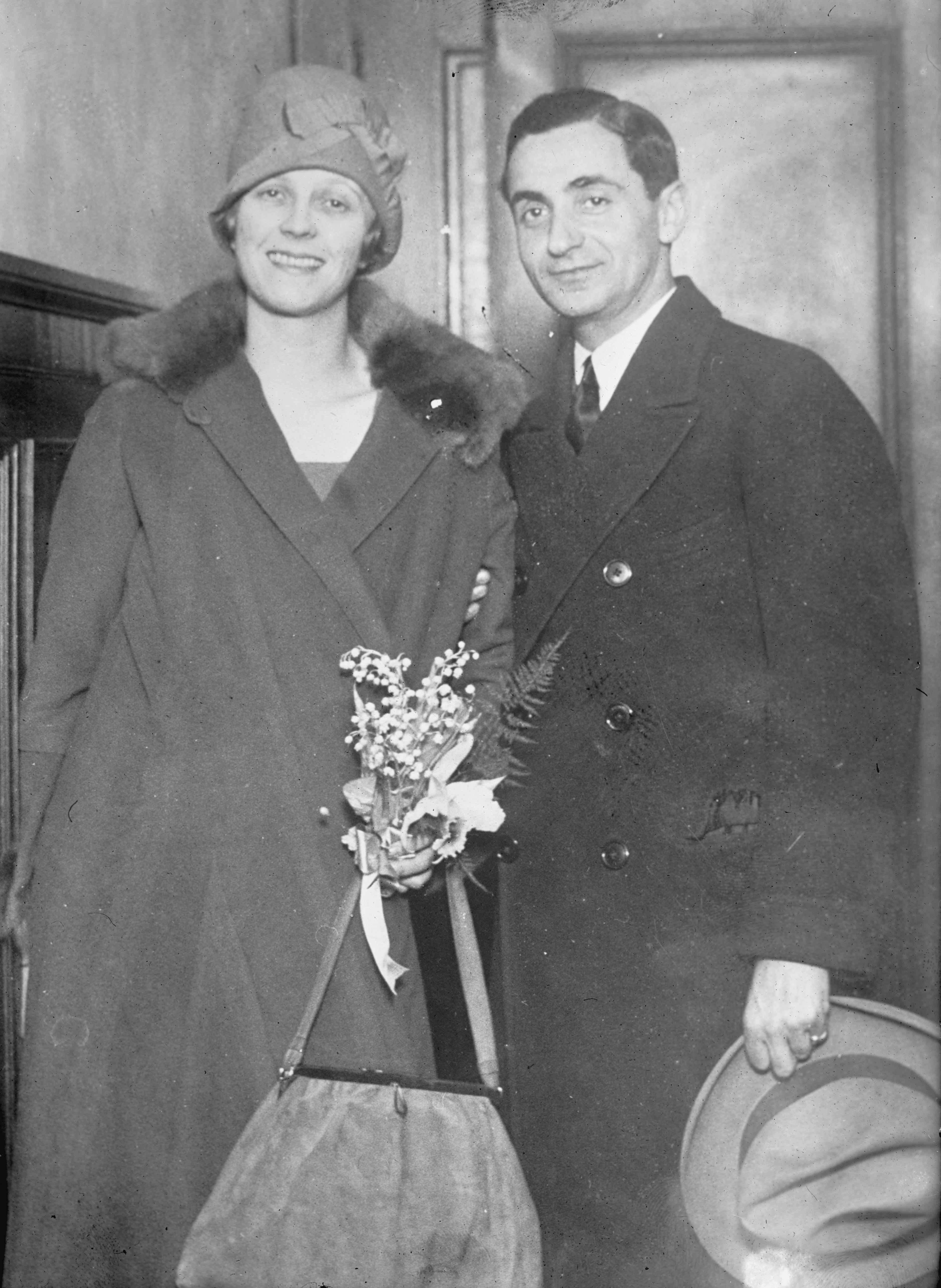 Berlin con su esposa Ellin Mackay hacia 1920.