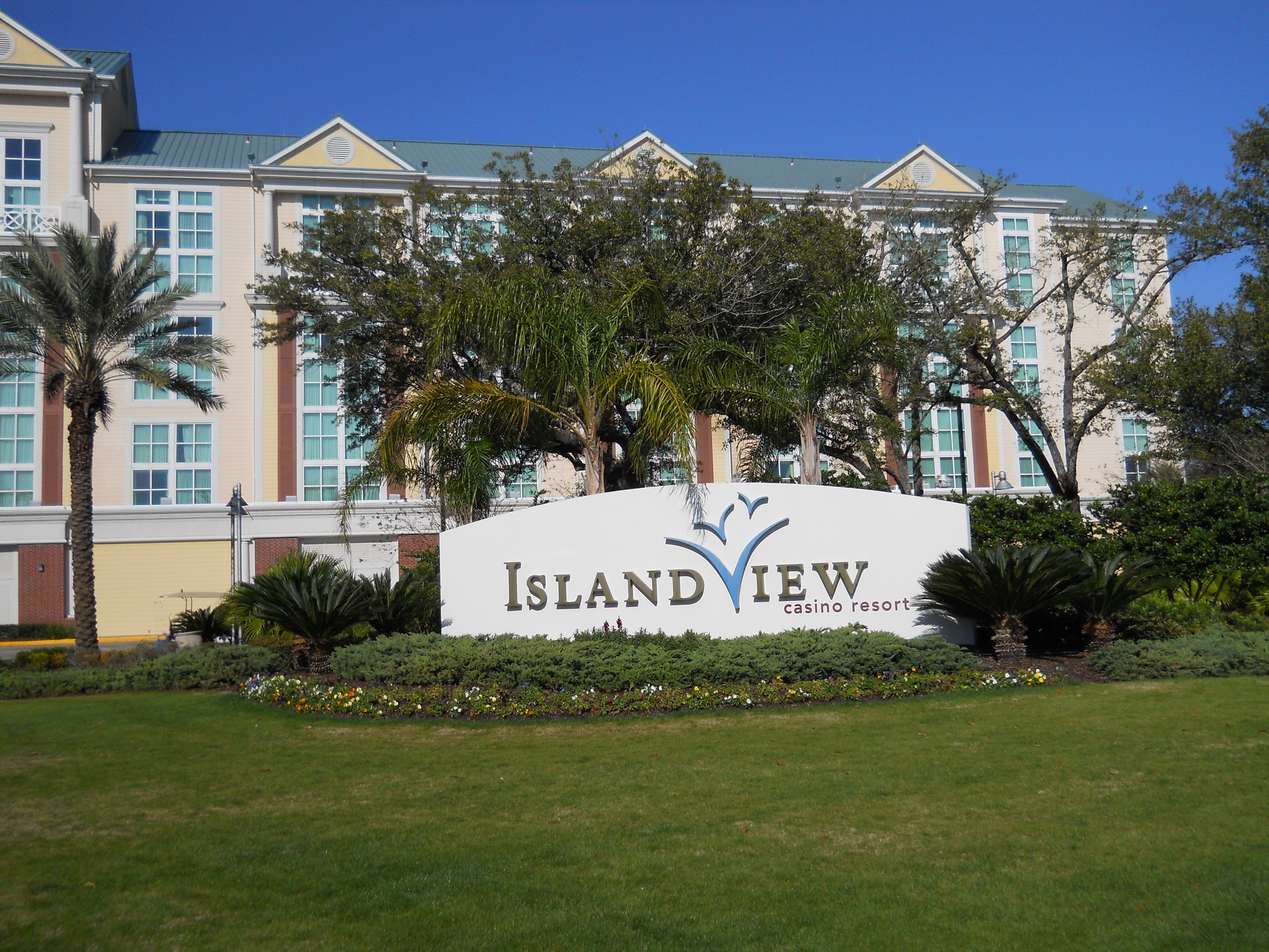 Island view casino gulfport spa