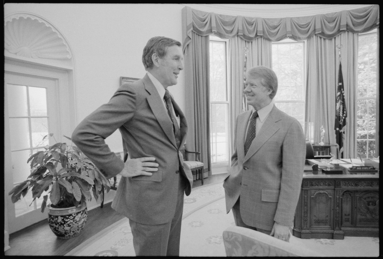 Jimmy_Carter_meets_with_Congressman_Morris_Udall_-_NARA_-_177610.jpg