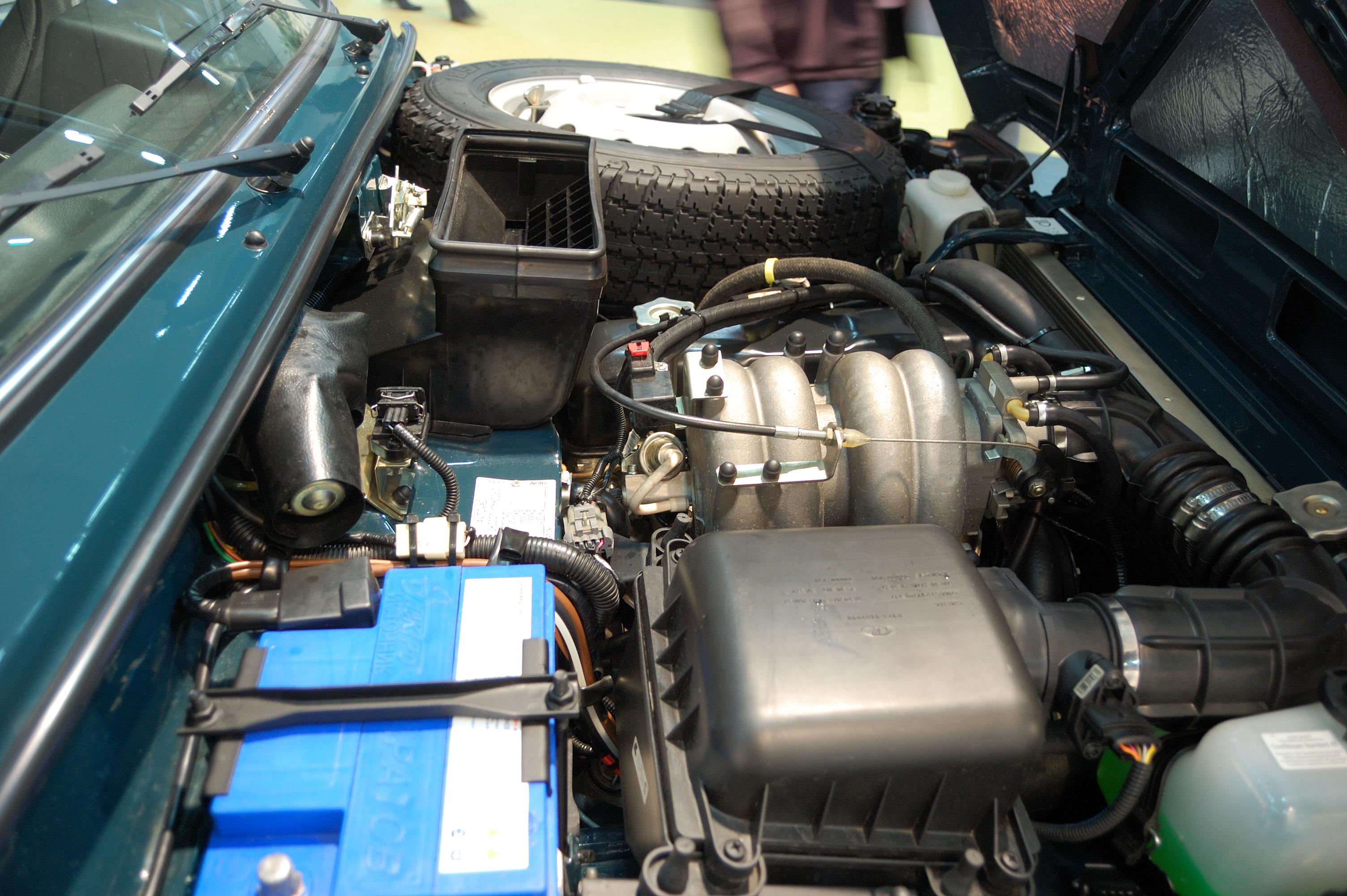 File Lada Niva Engine Flickr Cha Gi 224 Jos 233 Jpg