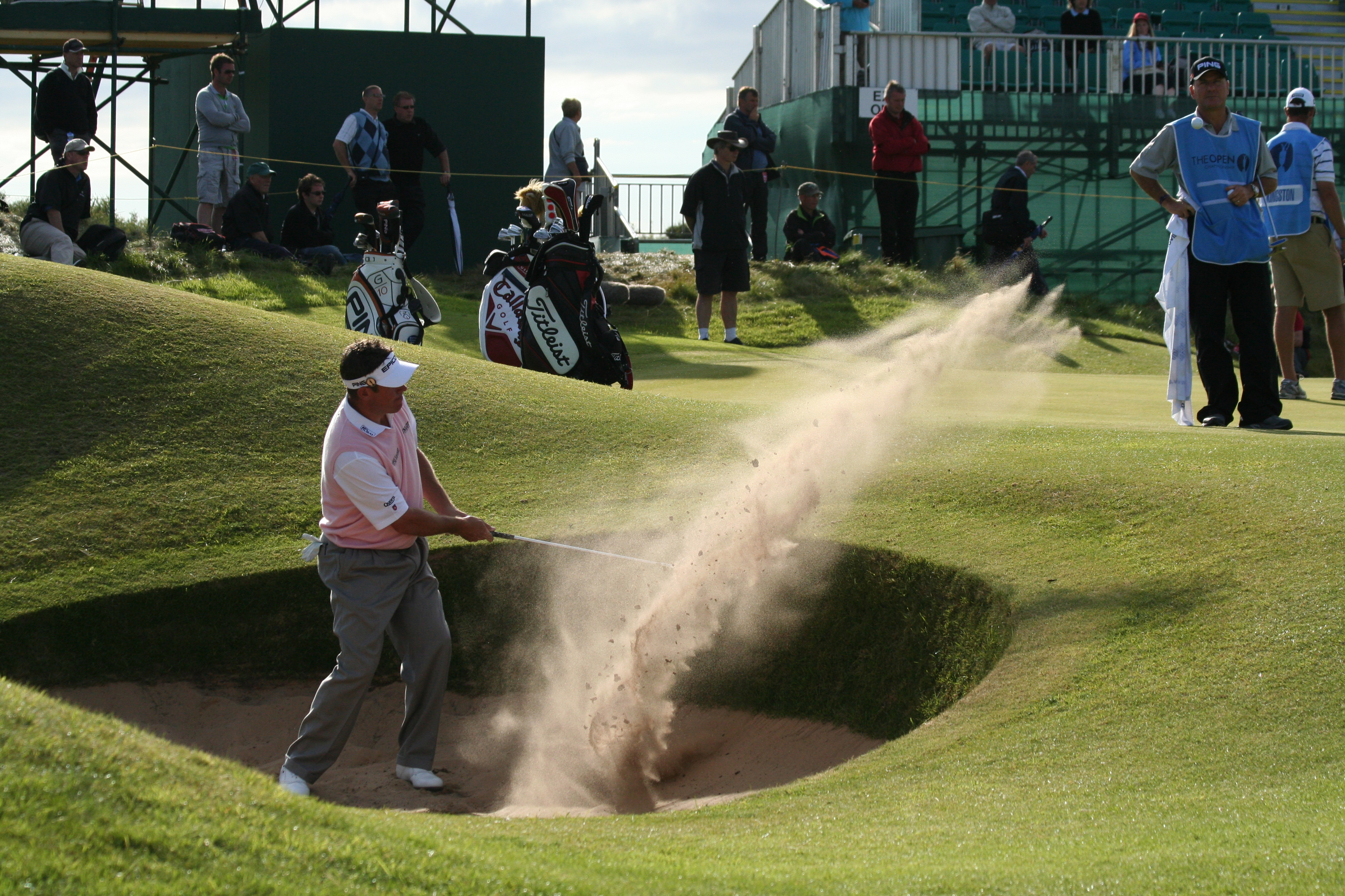 File:Lee Westwood bunker.jpg - Wikimedia Commons