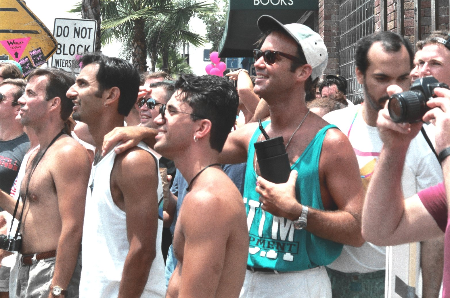 single gay men in los angeles There are plenty of them in la, but adding the requirements of nice, stable and  normal make it a tough answer a city of dreams, you'll find thousands of.