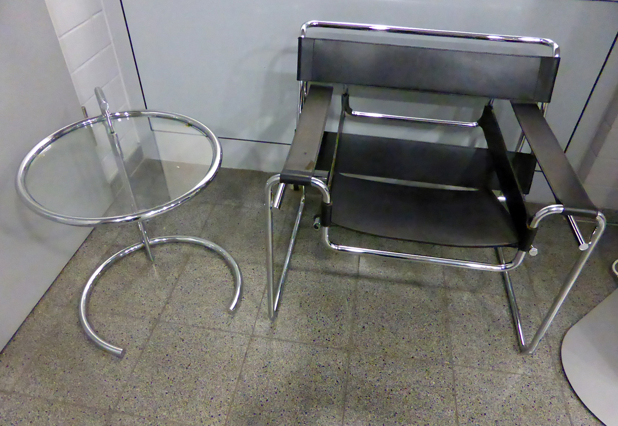 File:Marcel Breuer   Wassily Chair   Eileen Gray   Adjustable Table E 1027