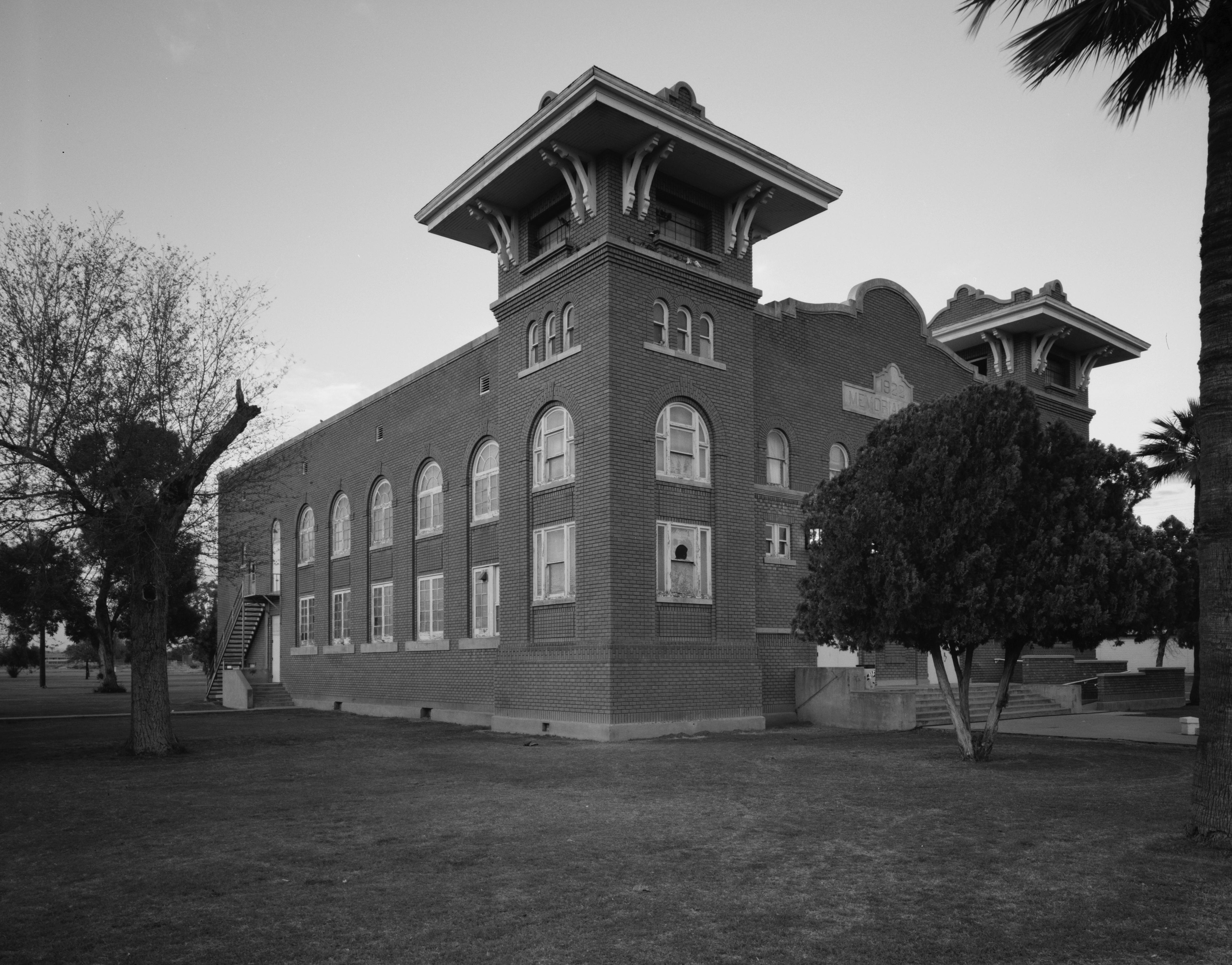 File Memorial Hall Phoenix Indian School Jpg Wikimedia Commons