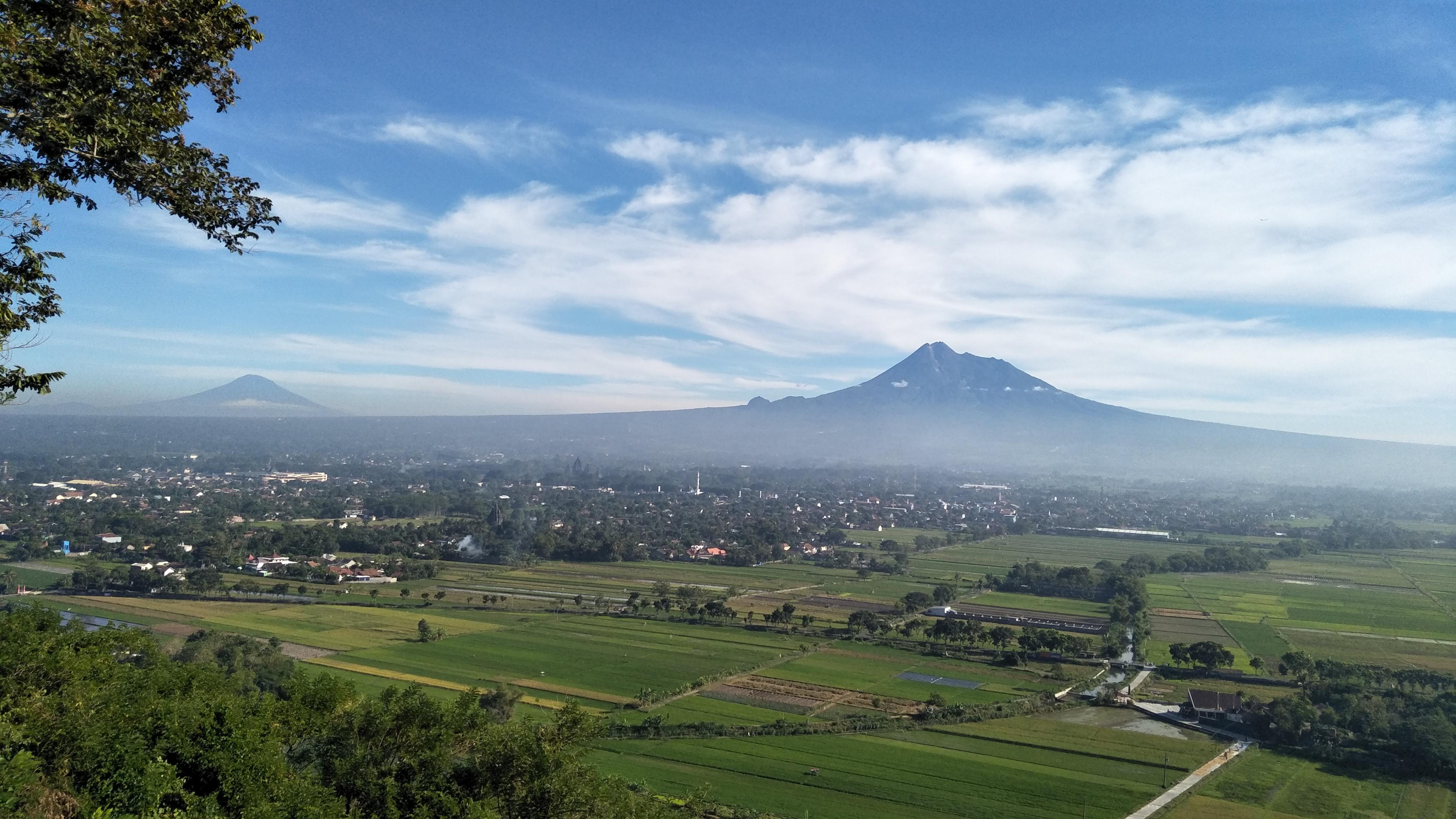 File Merapi Merbabu So Sweet Jpg Wikimedia Commons
