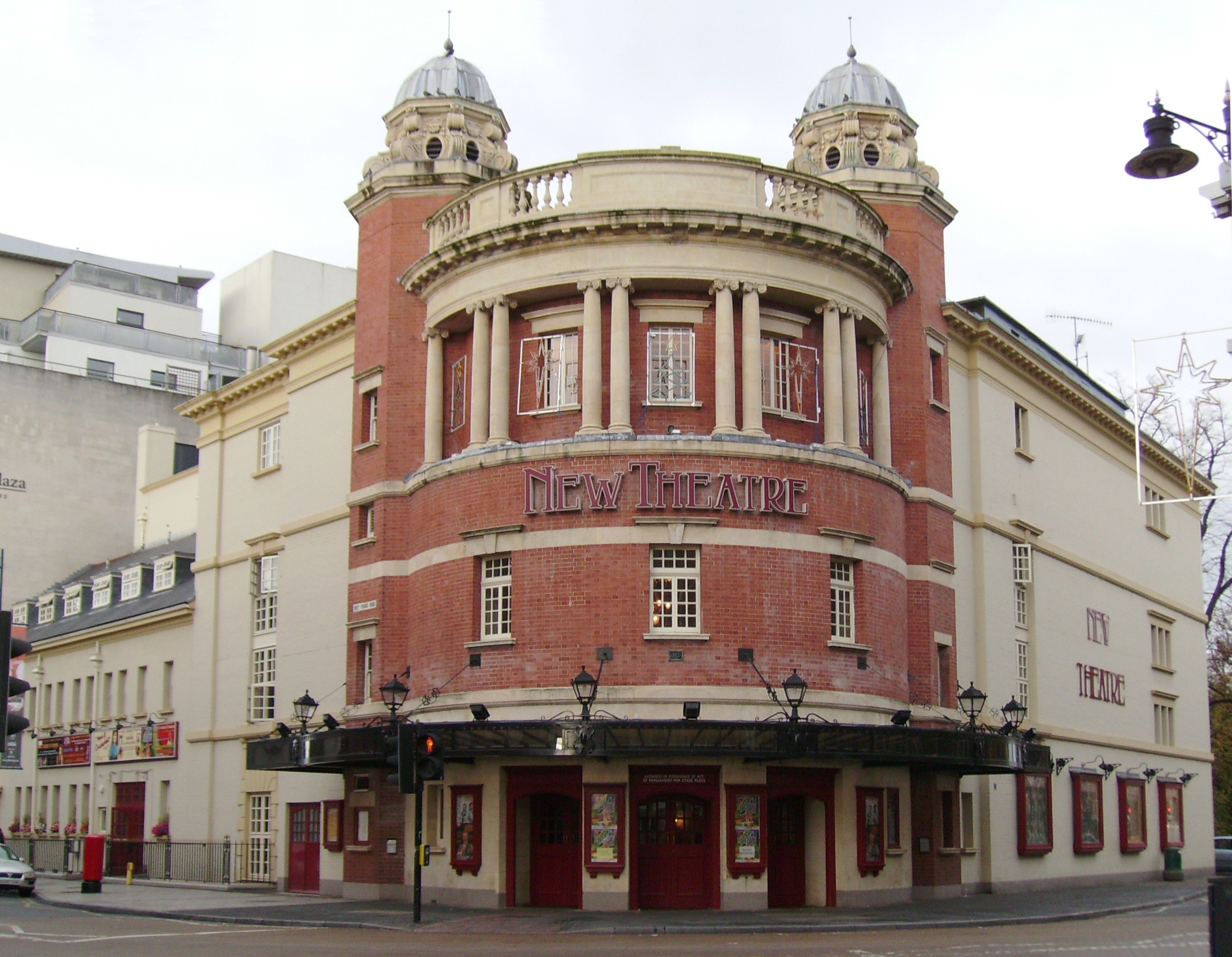 File New Theatre Cardiff Jpg Wikipedia