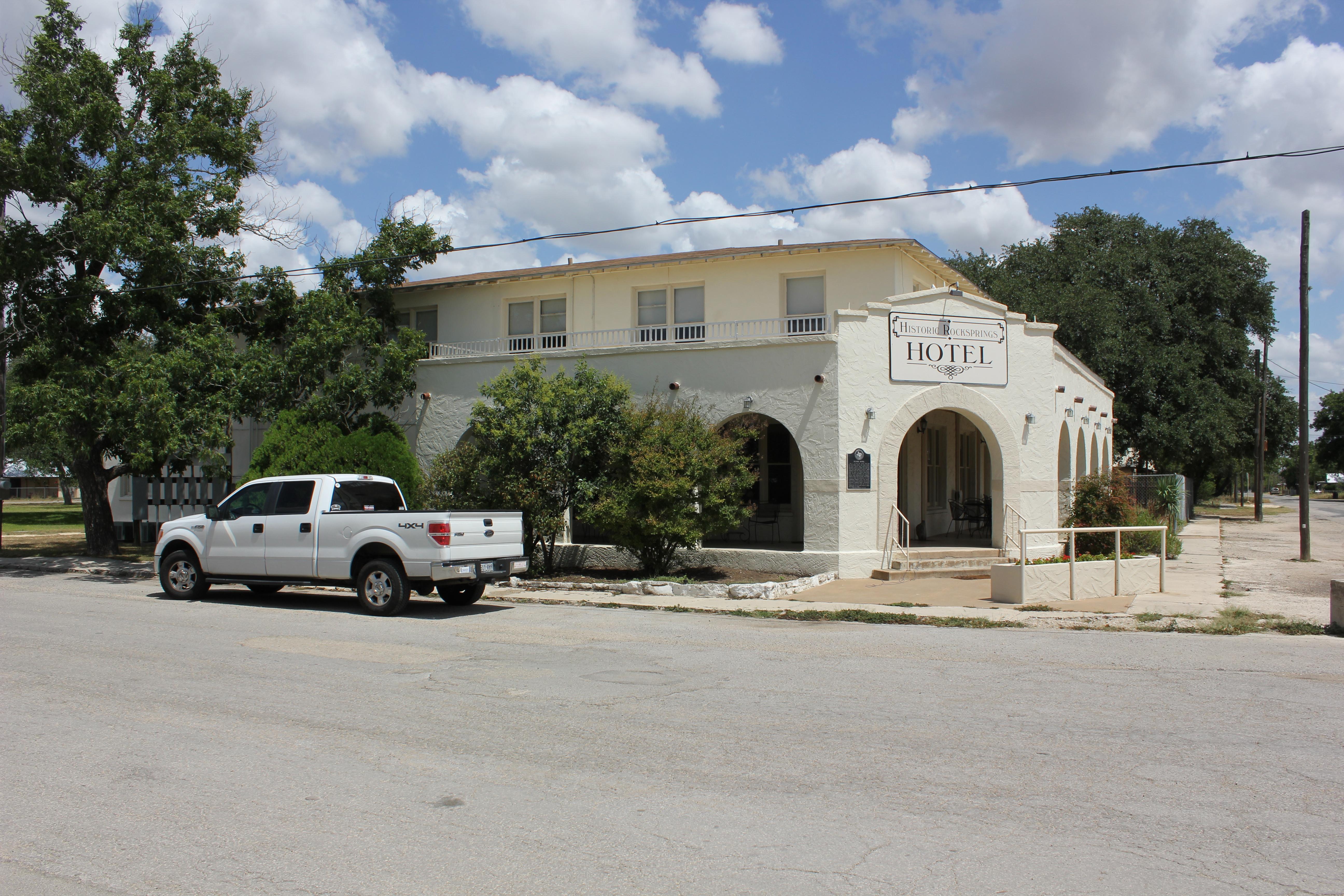 File Old Gilmer Hotel Rocksprings Texas 7939861414 Jpg