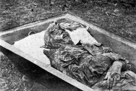 Photo 143 - Corpse of Countess A. Hendrikova found in Perm.jpg