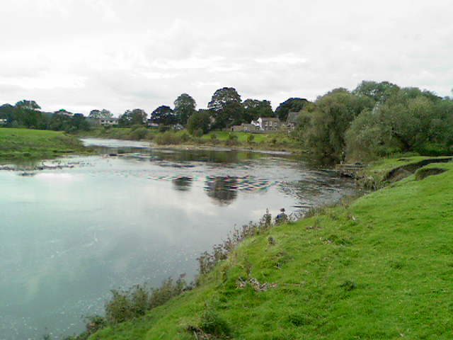 River Ribble, Ribchester - geograph.org.uk - 1001196