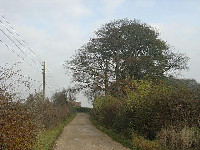Robin Hood Way at Strelley - geograph.org.uk - 604270