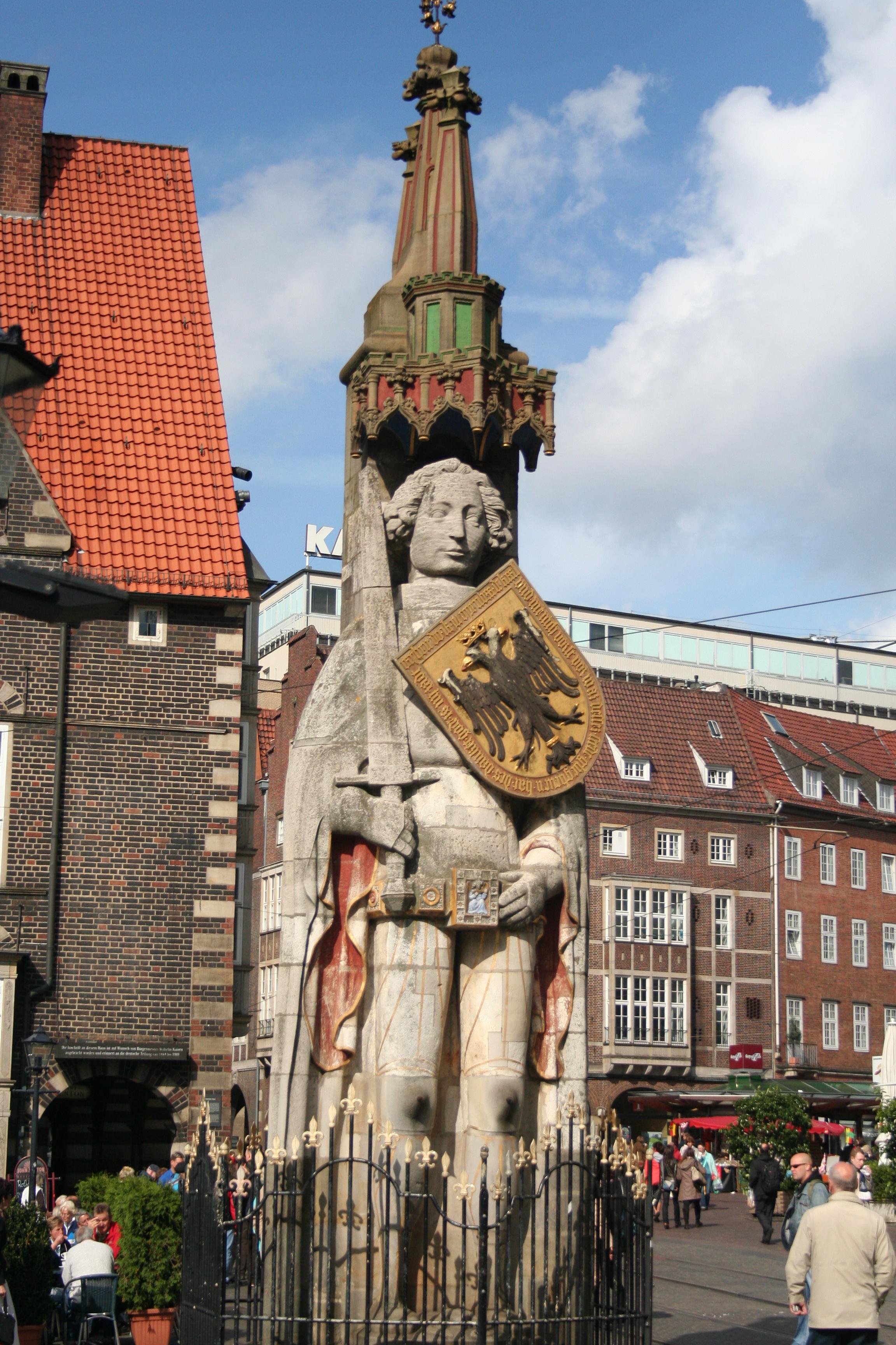 File:Roland Statue, Bremen Germany.jpg - Wikimedia Commons
