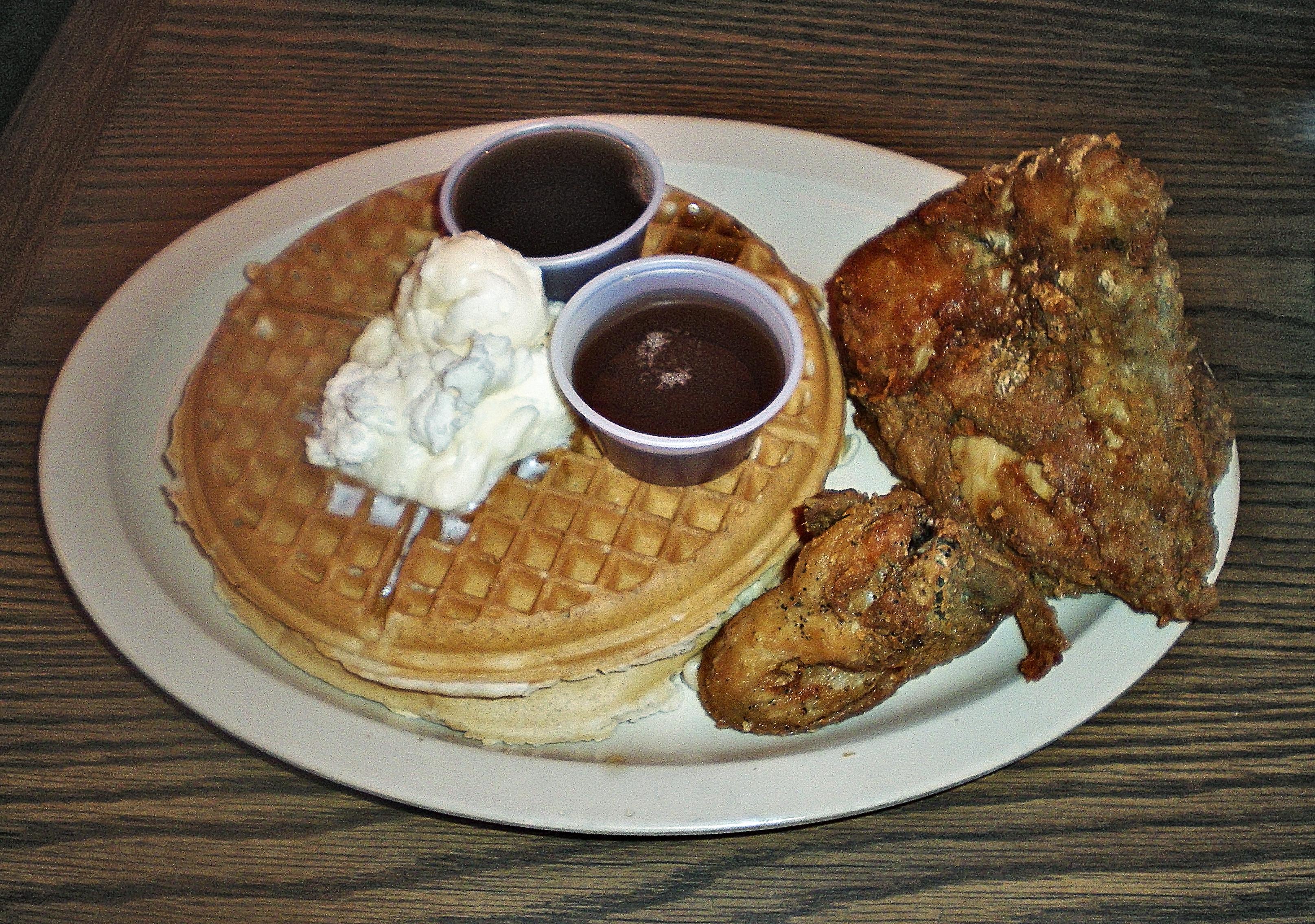 Roscoe S Chicken And Waffles Long Beach Jazz Club