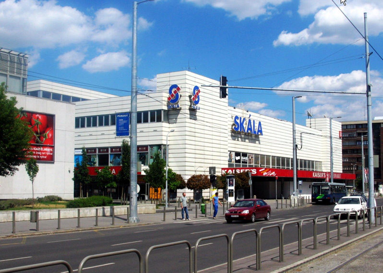 Skála Budapest Nagyáruház – Wikipédia 995d95a560