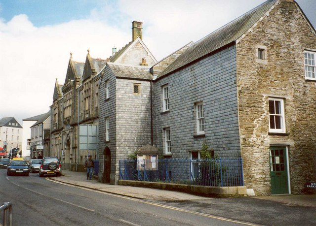Stuart House, Barras Street, Liskeard - geograph.org.uk - 666023