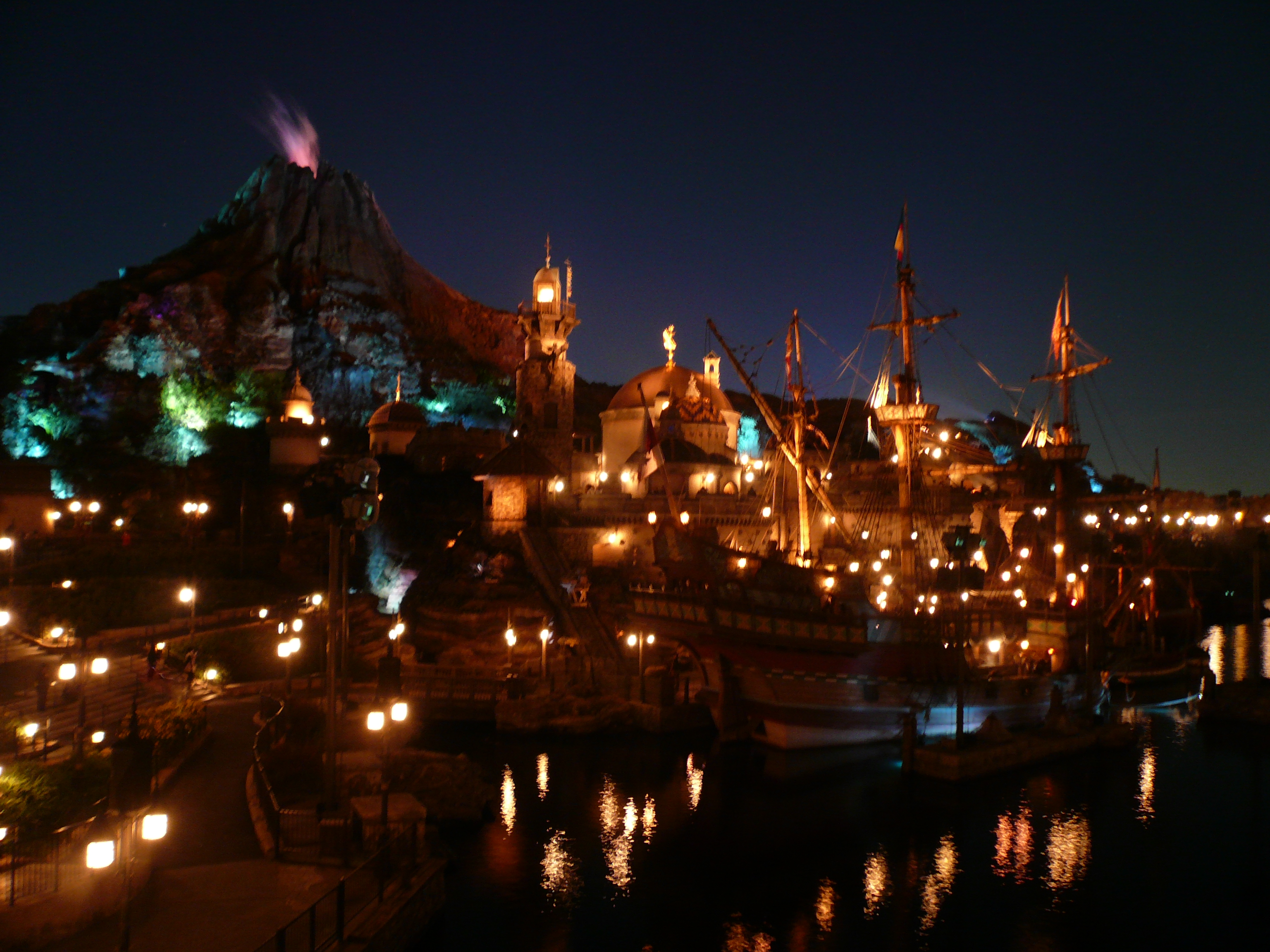 file:the night of disney sea(東京ディズニーシーの夜) - panoramio