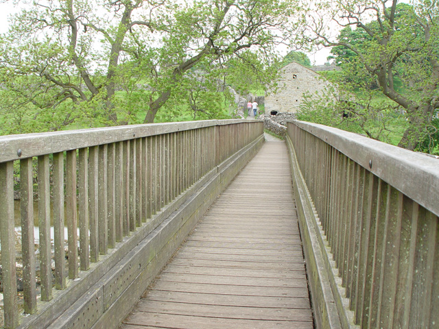 Tin Bridge, Linton Falls - geograph.org.uk - 820143