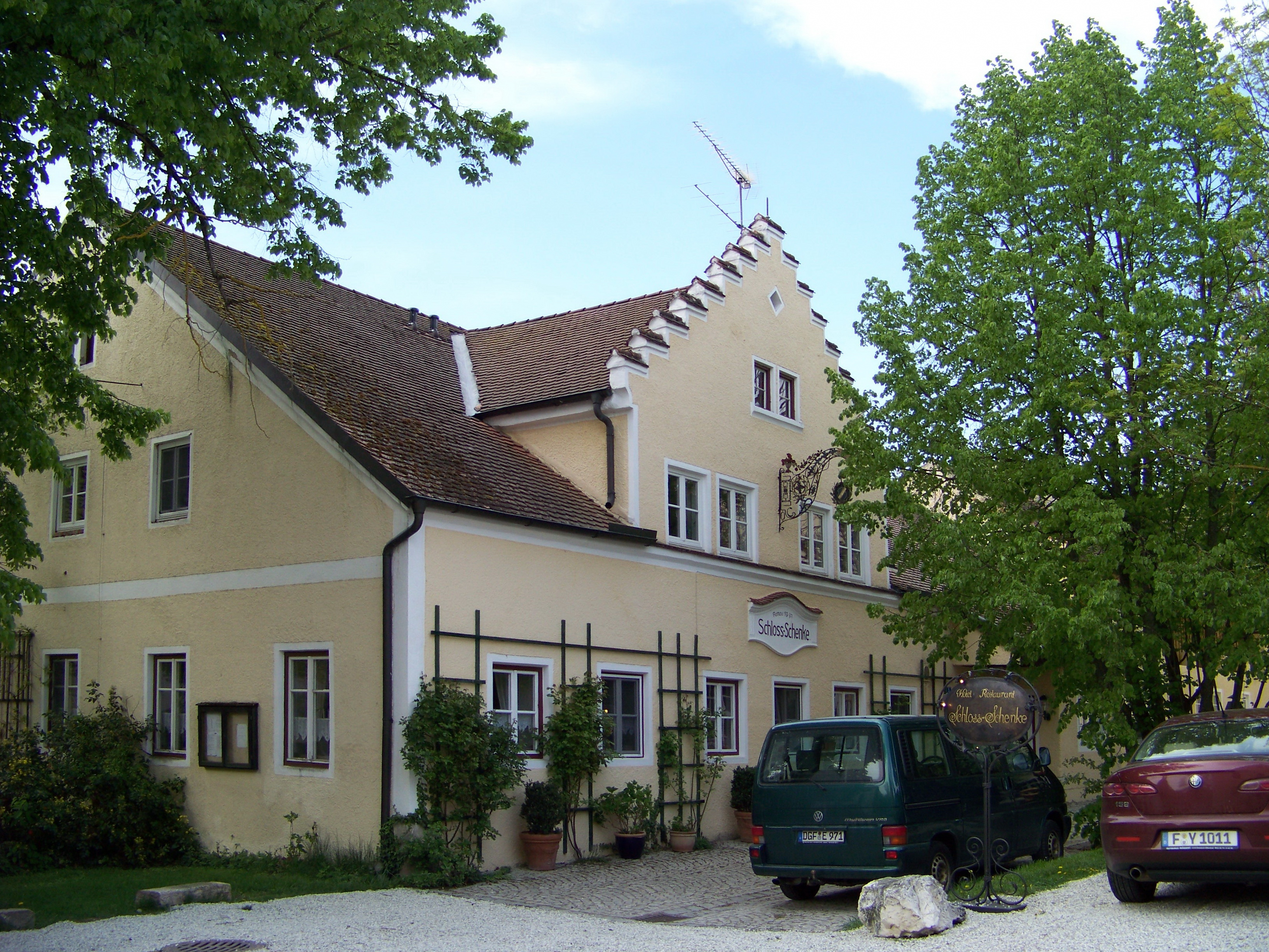 Datei:Tunzenberg-Schlossberg-5-Schlossschänke.jpg – Wikipedia