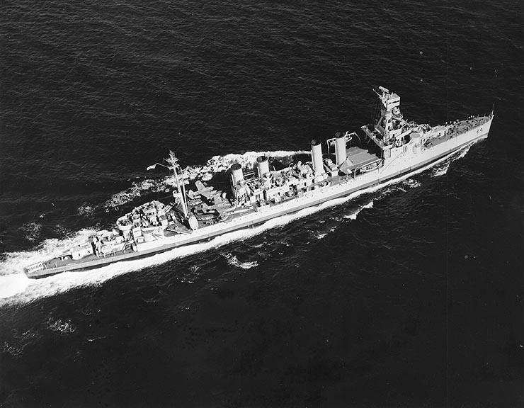 http://upload.wikimedia.org/wikipedia/commons/2/28/USS_Trenton_%28CL-11%29_May_1943.jpg