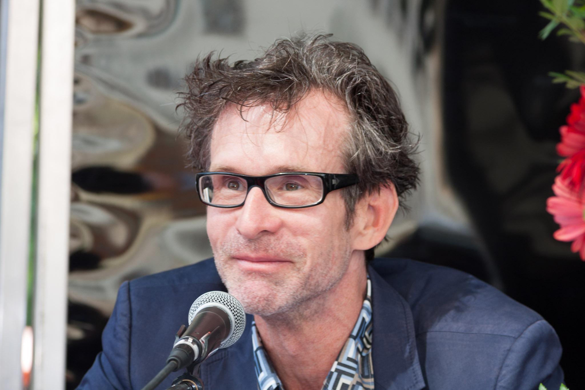 Ulrich Matthes Größe