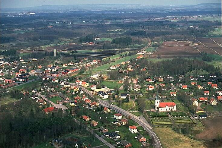 Fil:sarp-Smula kyrka Vstergtland Sweden unam.net Wikipedia