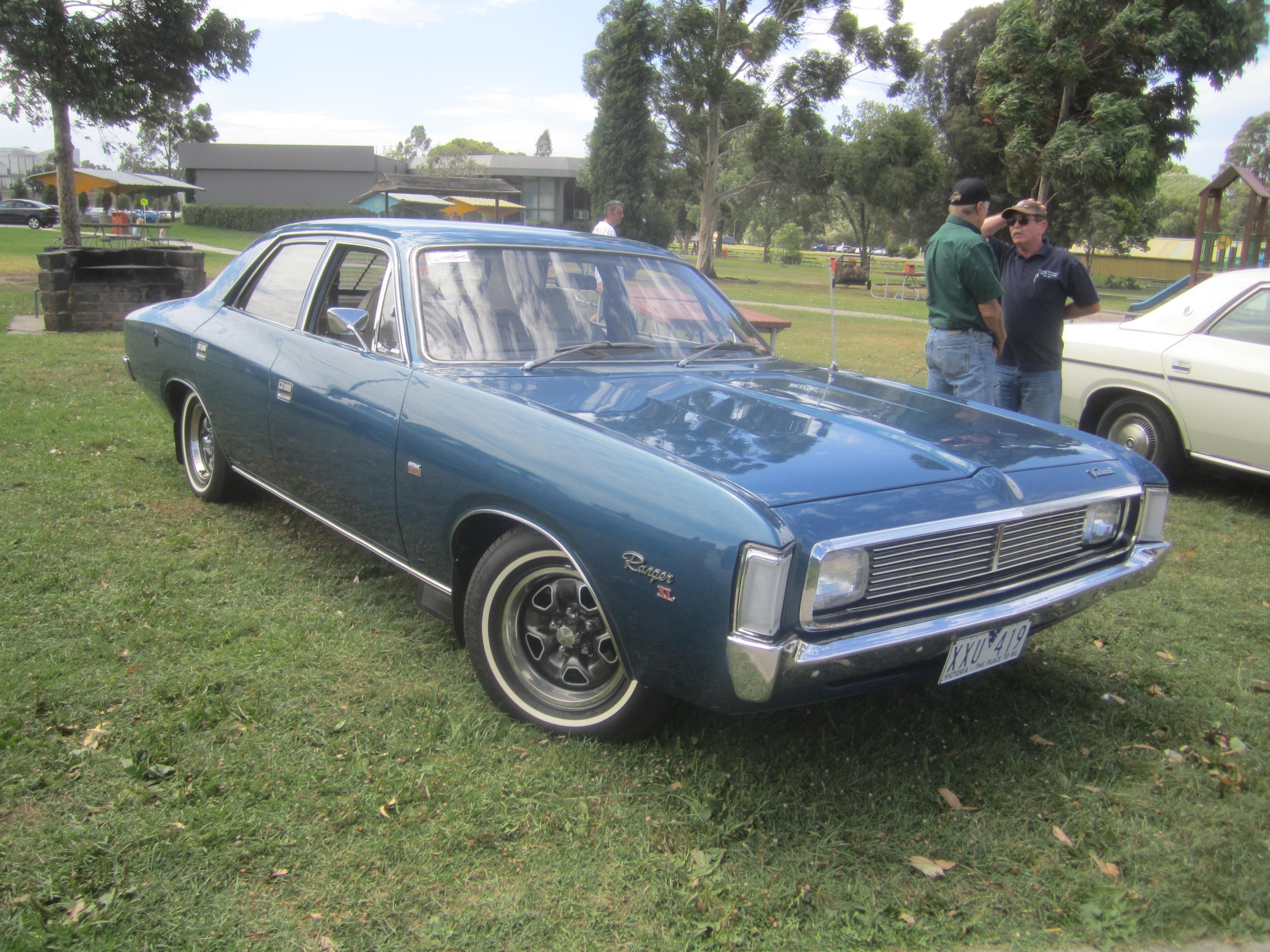 File 1972 Chrysler Valiant Vh Ranger Xl Sedan Jpg