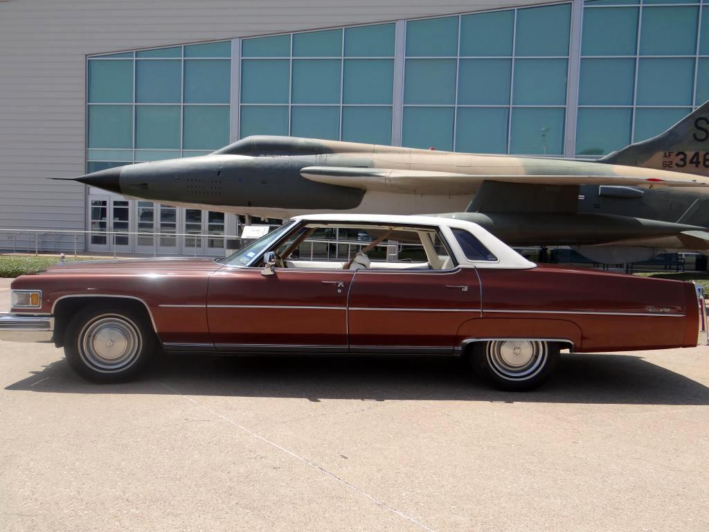 File 1976 cadillac sedan deville interior jpg wikimedia commons - File 1975 Cadillac Sedan Deville Jpg