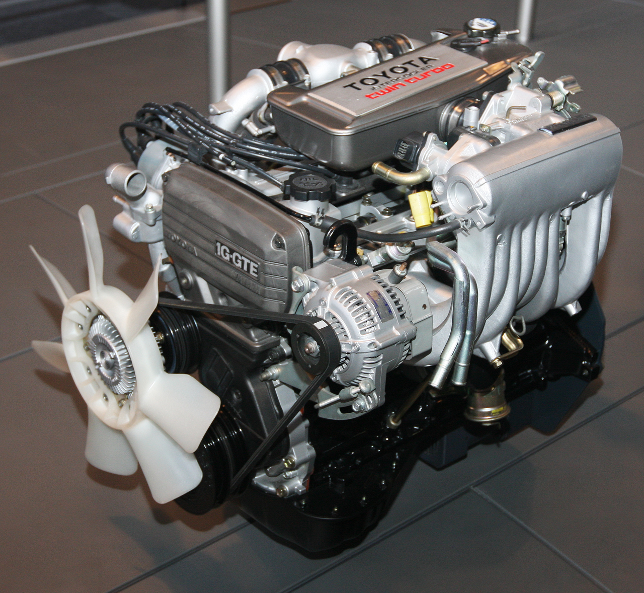 File 1985 Toyota 1g Gteu Type Engine Front Jpg Wikimedia