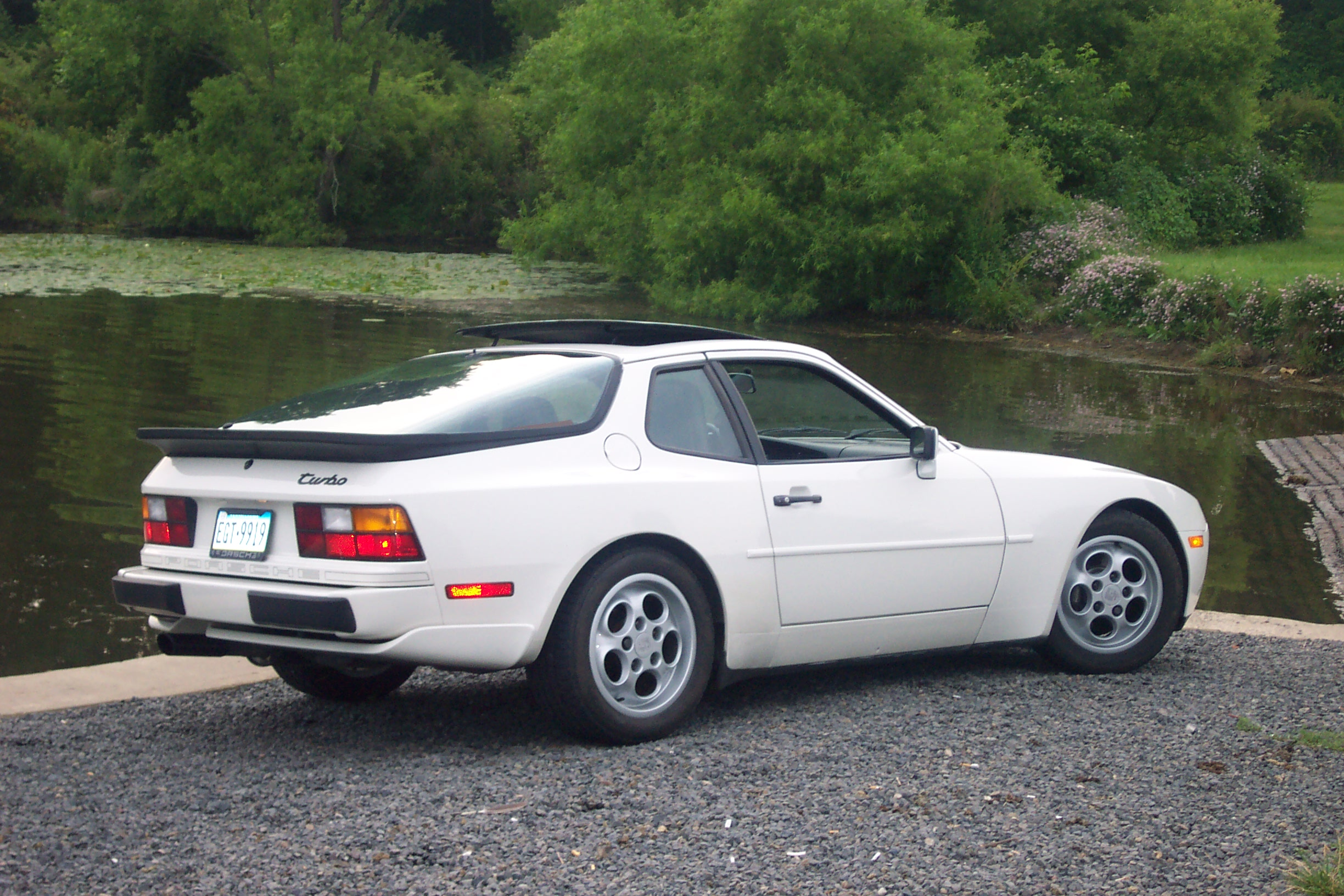 File 1987 Porsche 944 Turbo on 1979 porsche 928 engine