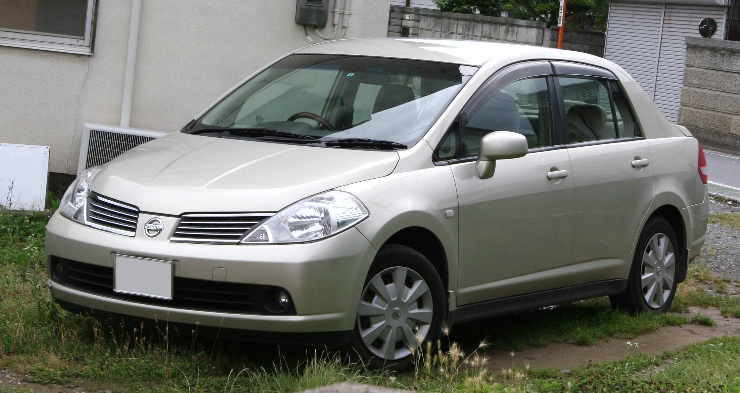 ниссан тиида 2008