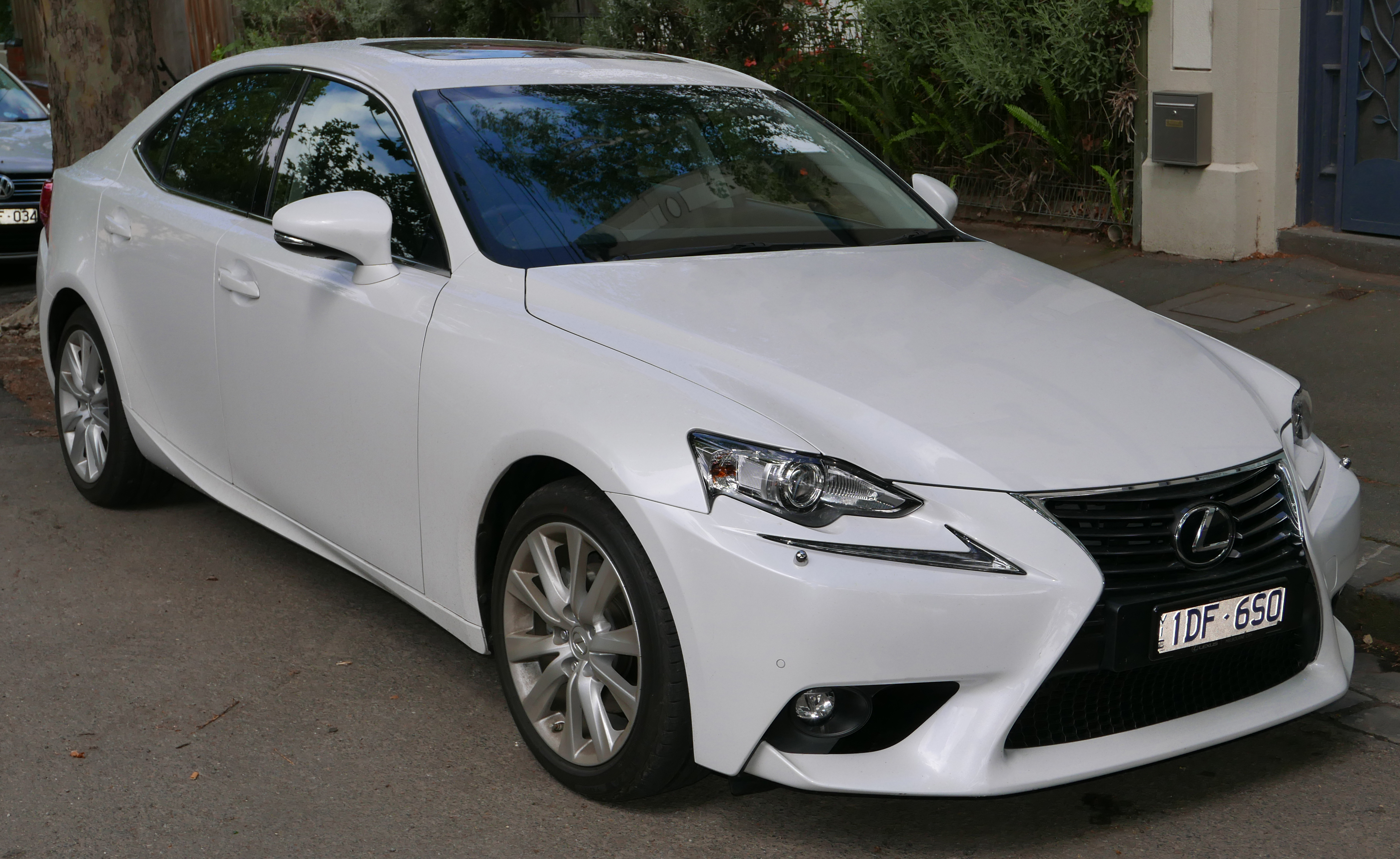 lexus is wikiwand. Black Bedroom Furniture Sets. Home Design Ideas