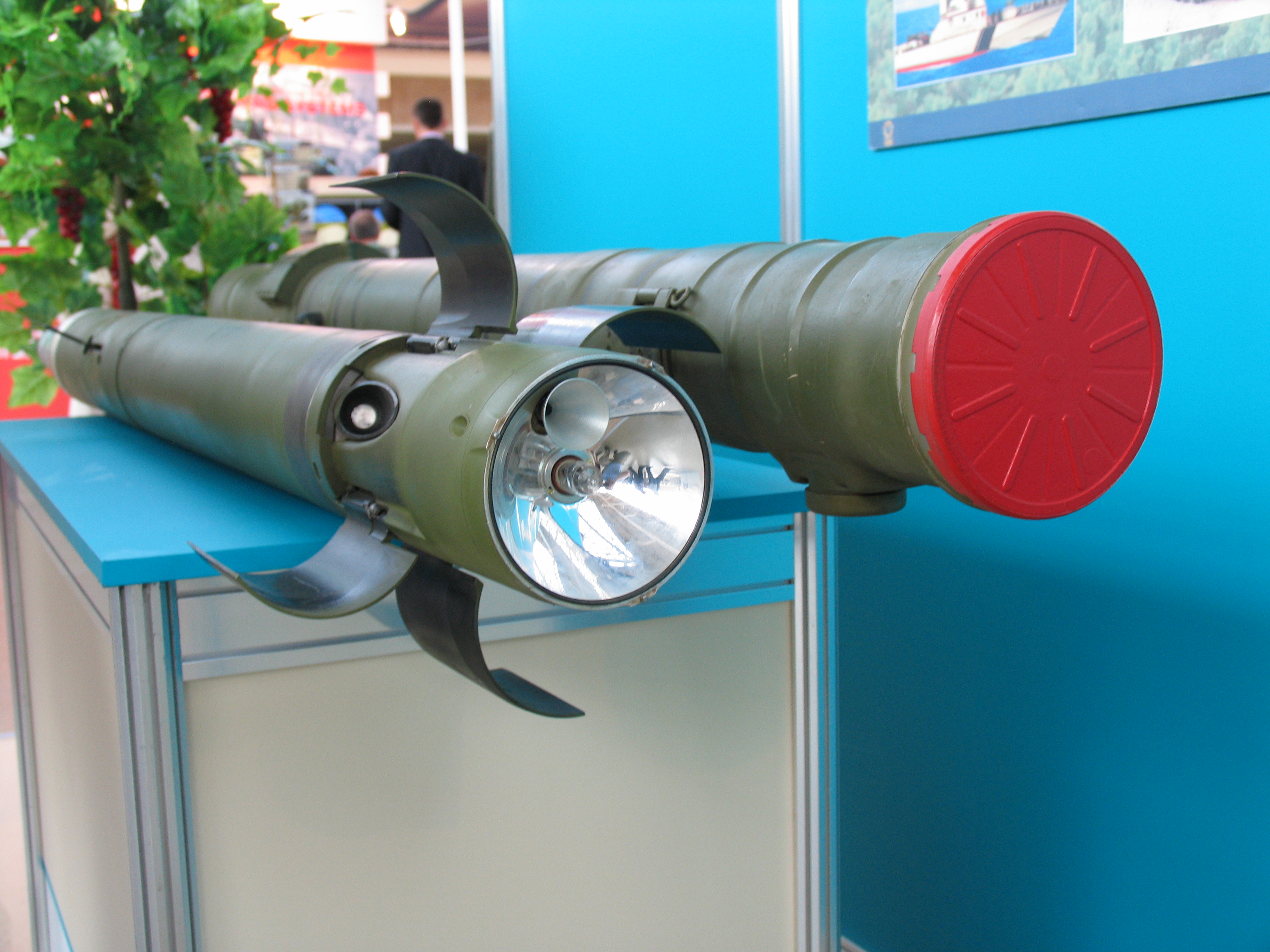 Russian Helicopter ATGMs - Page 3 9M120_Ataka_(2)