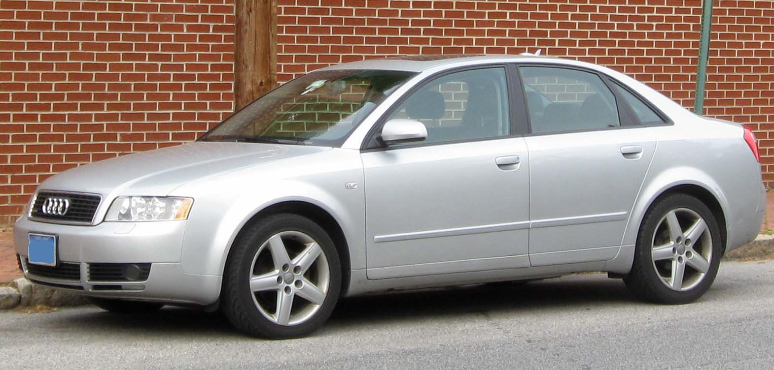 File Audi A4 B6 Sedan 04 20 2010 Jpg Wikimedia Commons