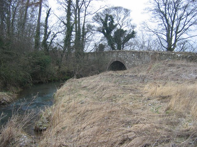 File:Bearford Bridge - geograph.org.uk - 135956.jpg