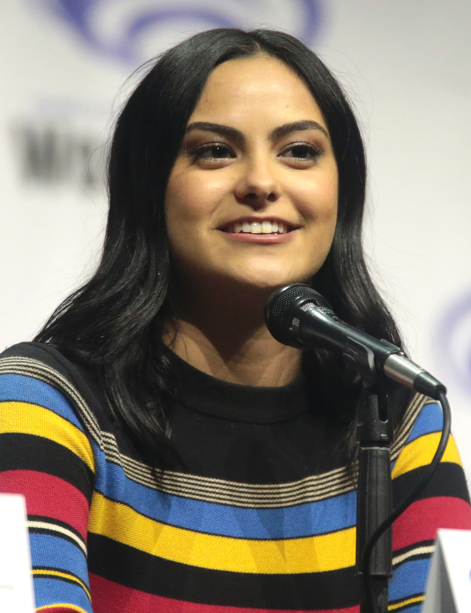 The 24-year old daughter of father (?) and mother(?) Camila Mendes in 2018 photo. Camila Mendes earned a  million dollar salary - leaving the net worth at 0.05 million in 2018