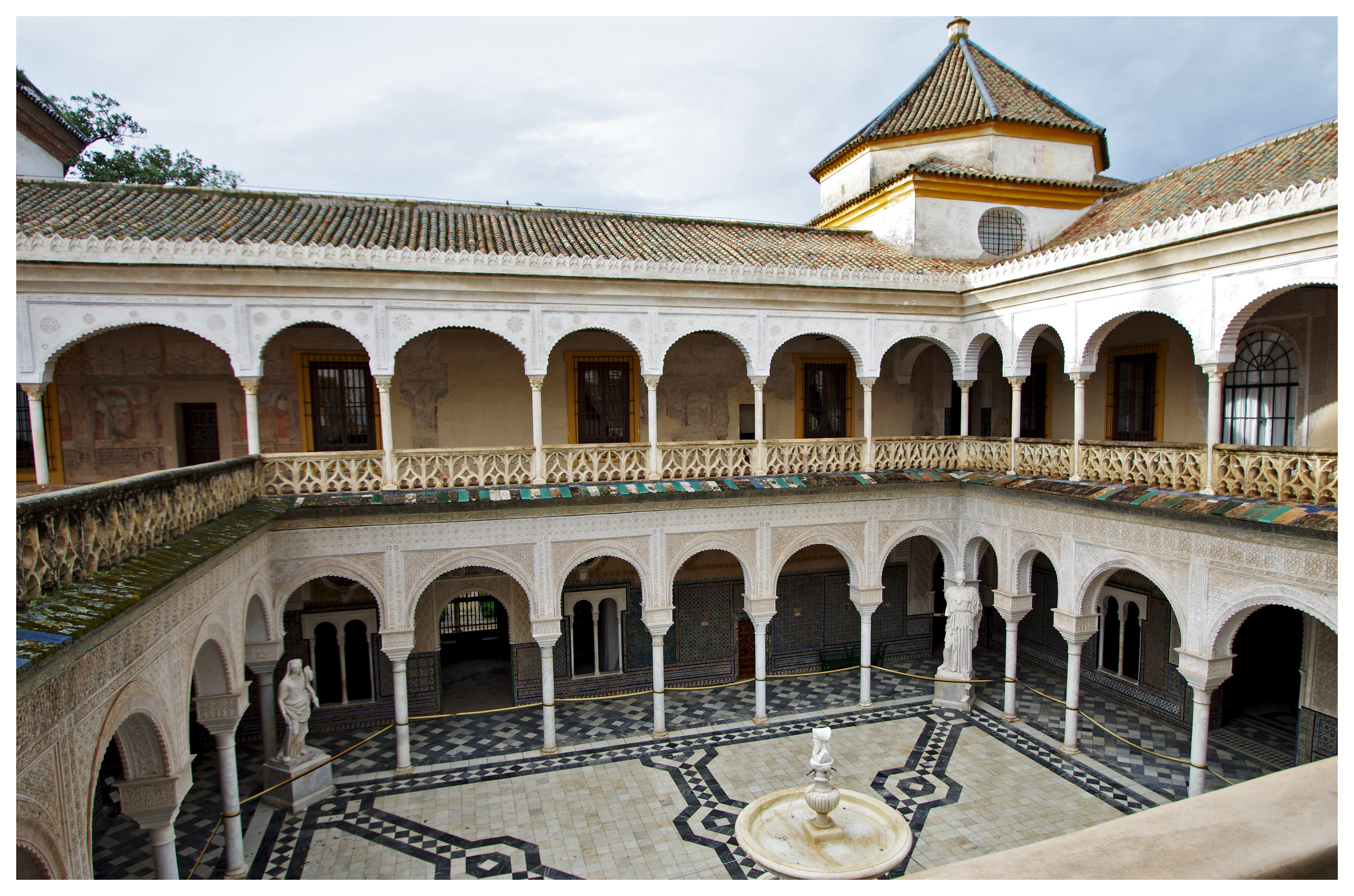 File:Casa de Pilatos-Sevilla.jpg - Wikimedia Commons