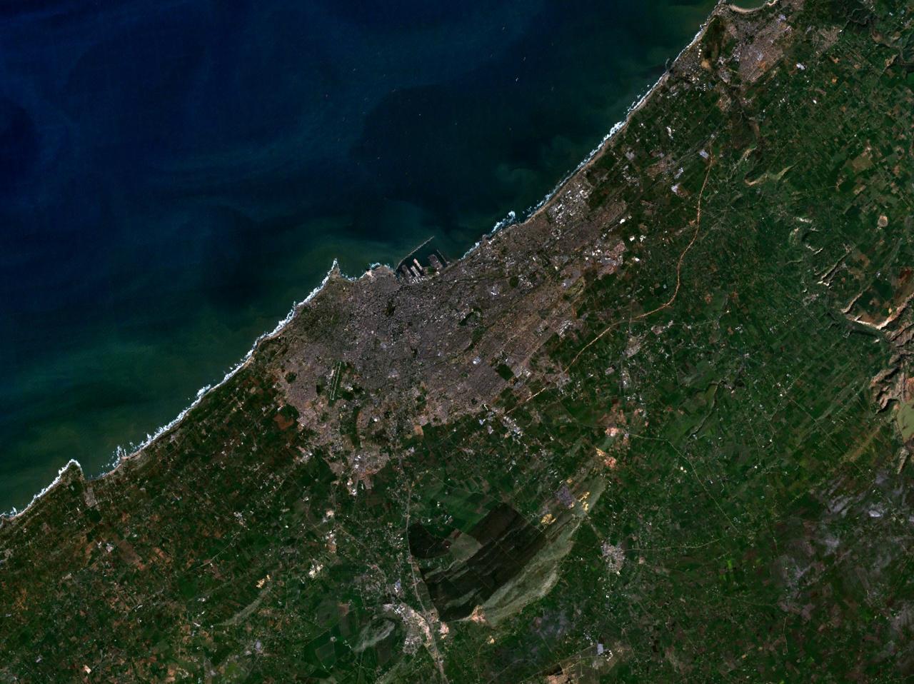 ألبوم صور المغرب (شامل لكل مناطقها Casablanca_7.58684W_33.56662N.jpg