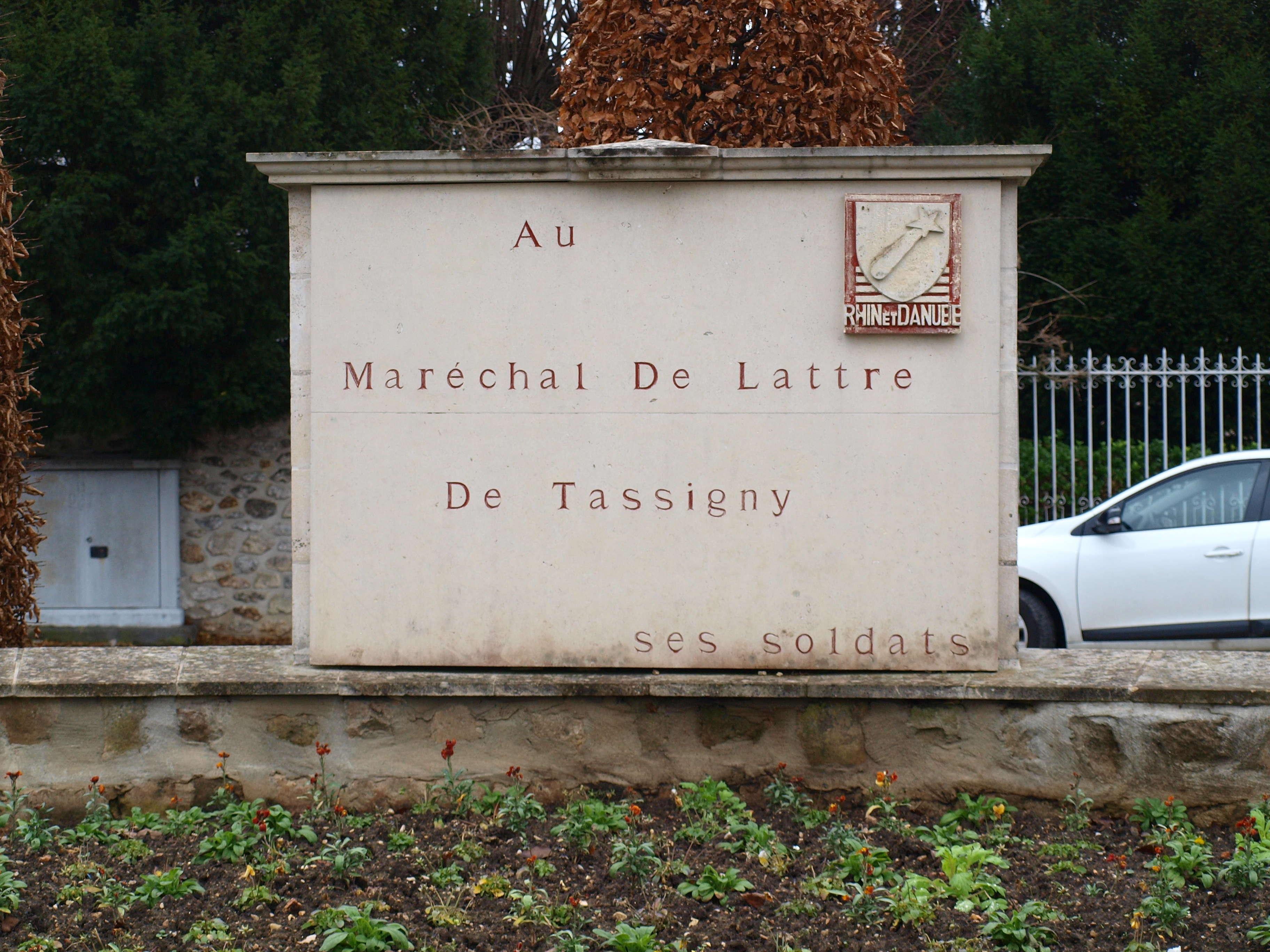 File ch teau thierry 02 memorial tassigny g04 jpg for Bureau 02 chateau thierry