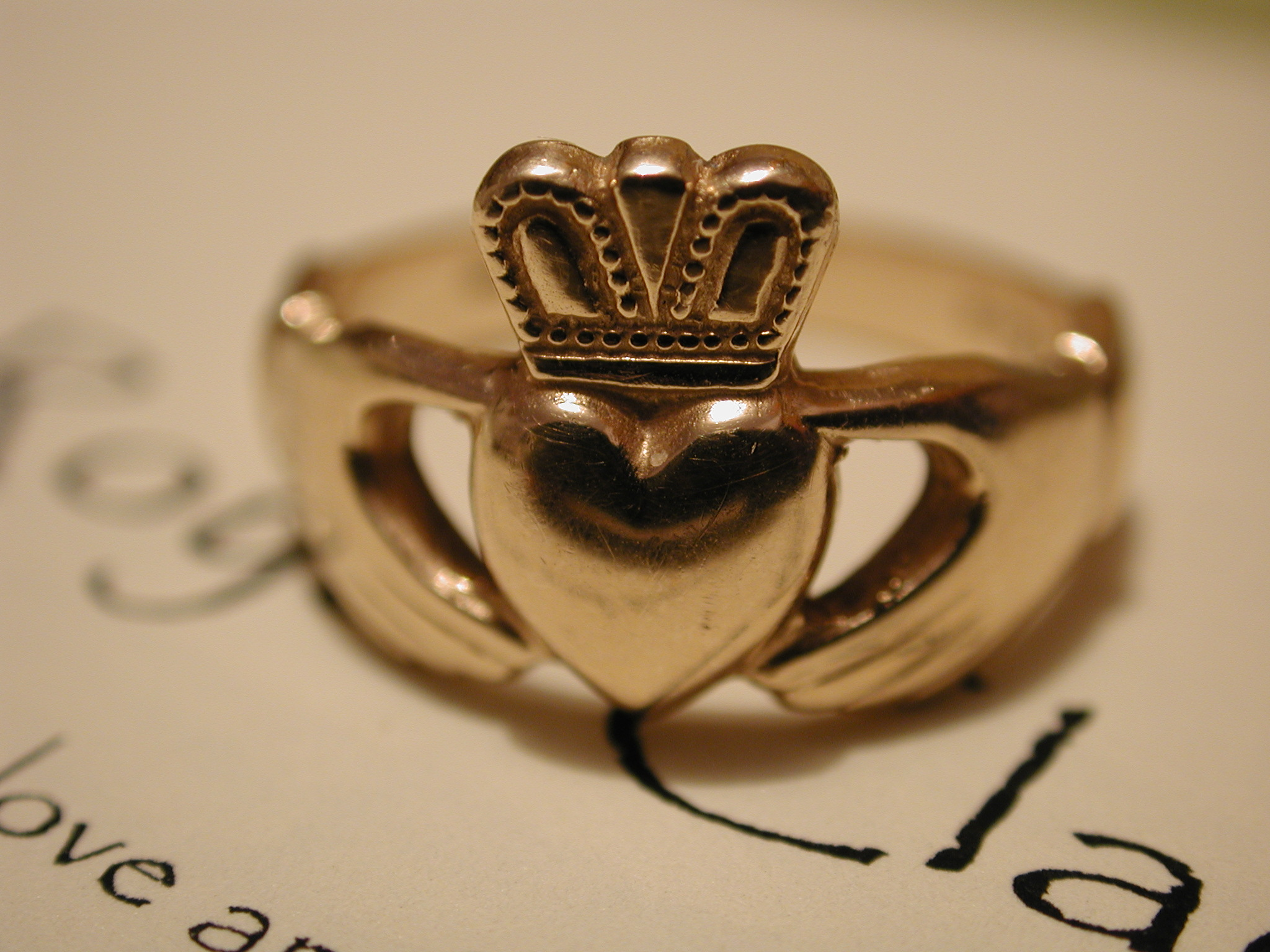 It is just a photo of Claddagh ring - Wikipedia