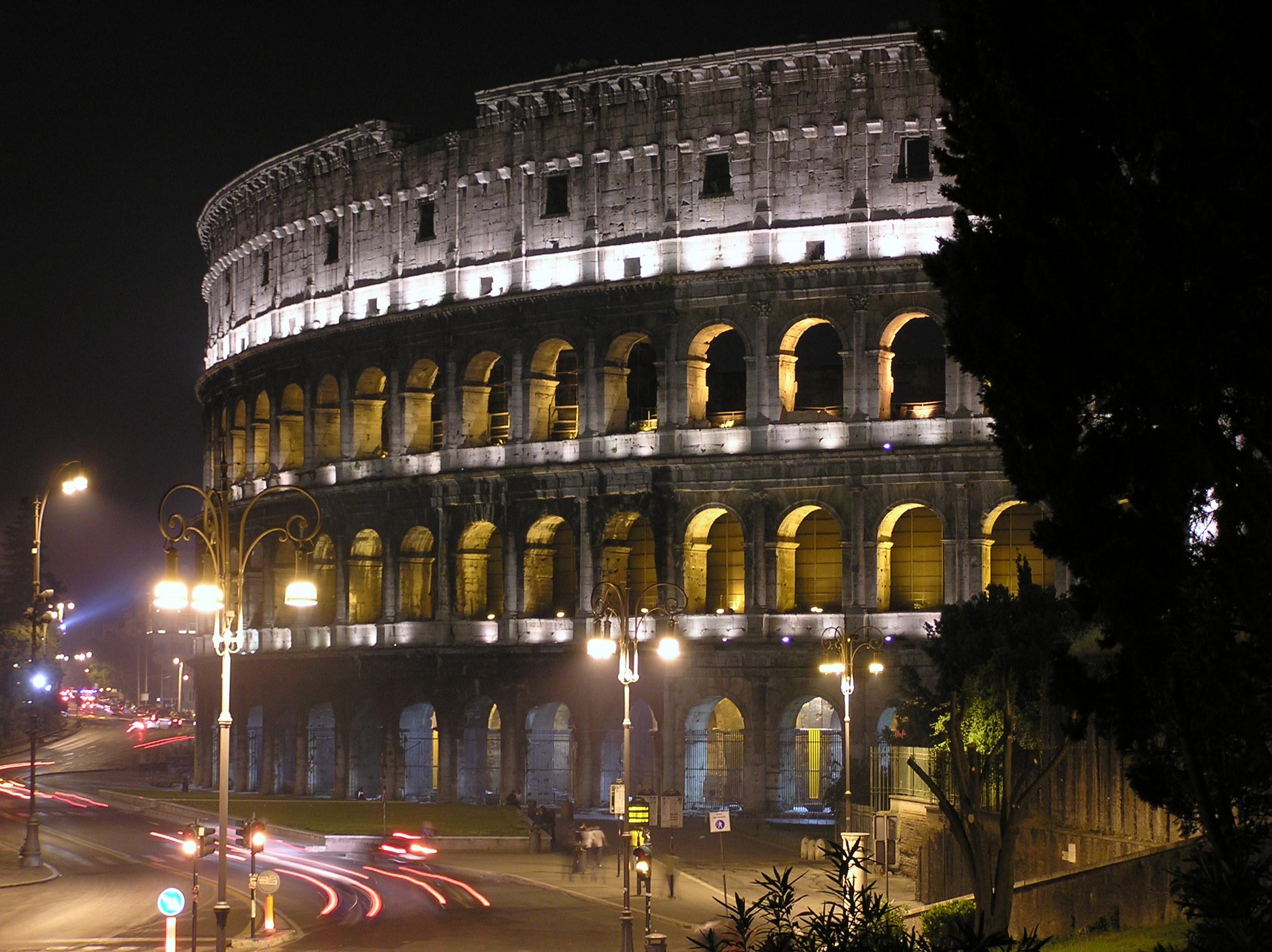Colosseo Di Notte Visite.File Colosseo Di Notte 01 Jpg Wikipedia