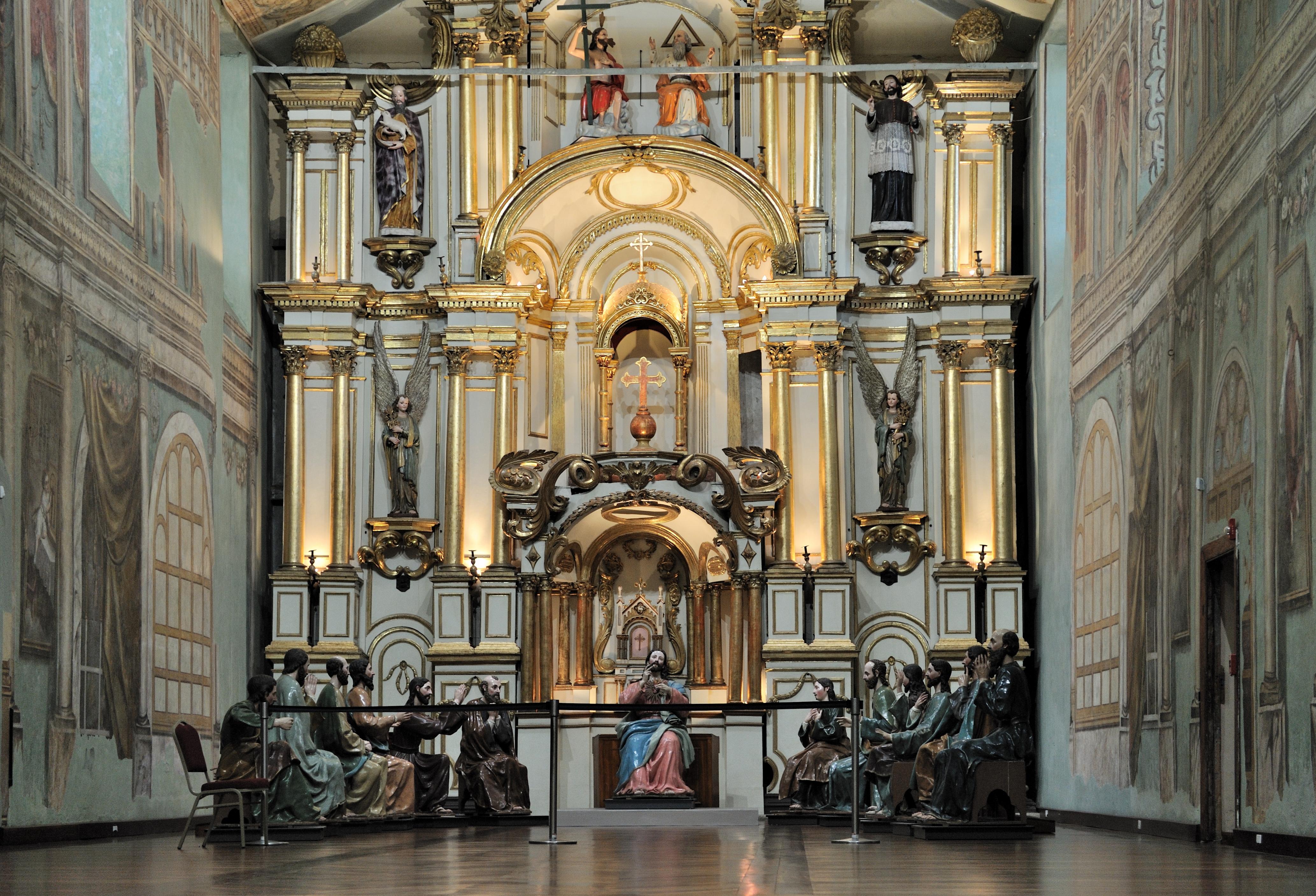 Description cuenca ecuador catedral vieja jesus and apostles jpg