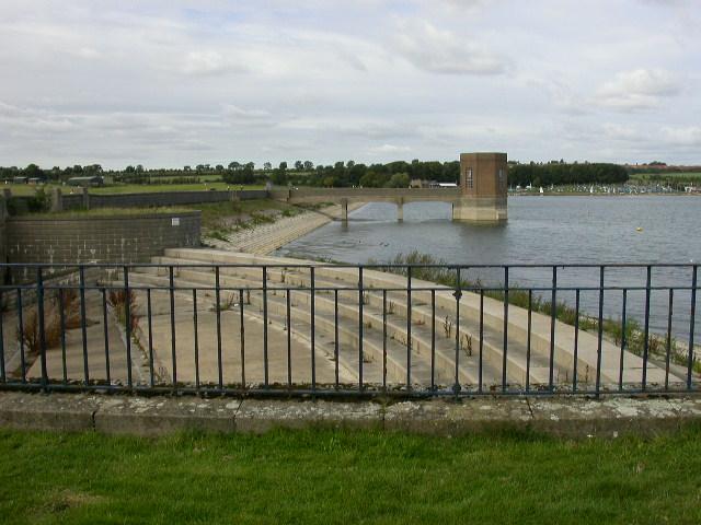 Dam - geograph.org.uk - 61027
