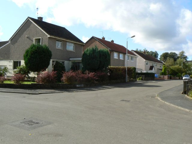 Drumpellier houses - geograph.org.uk - 1518495