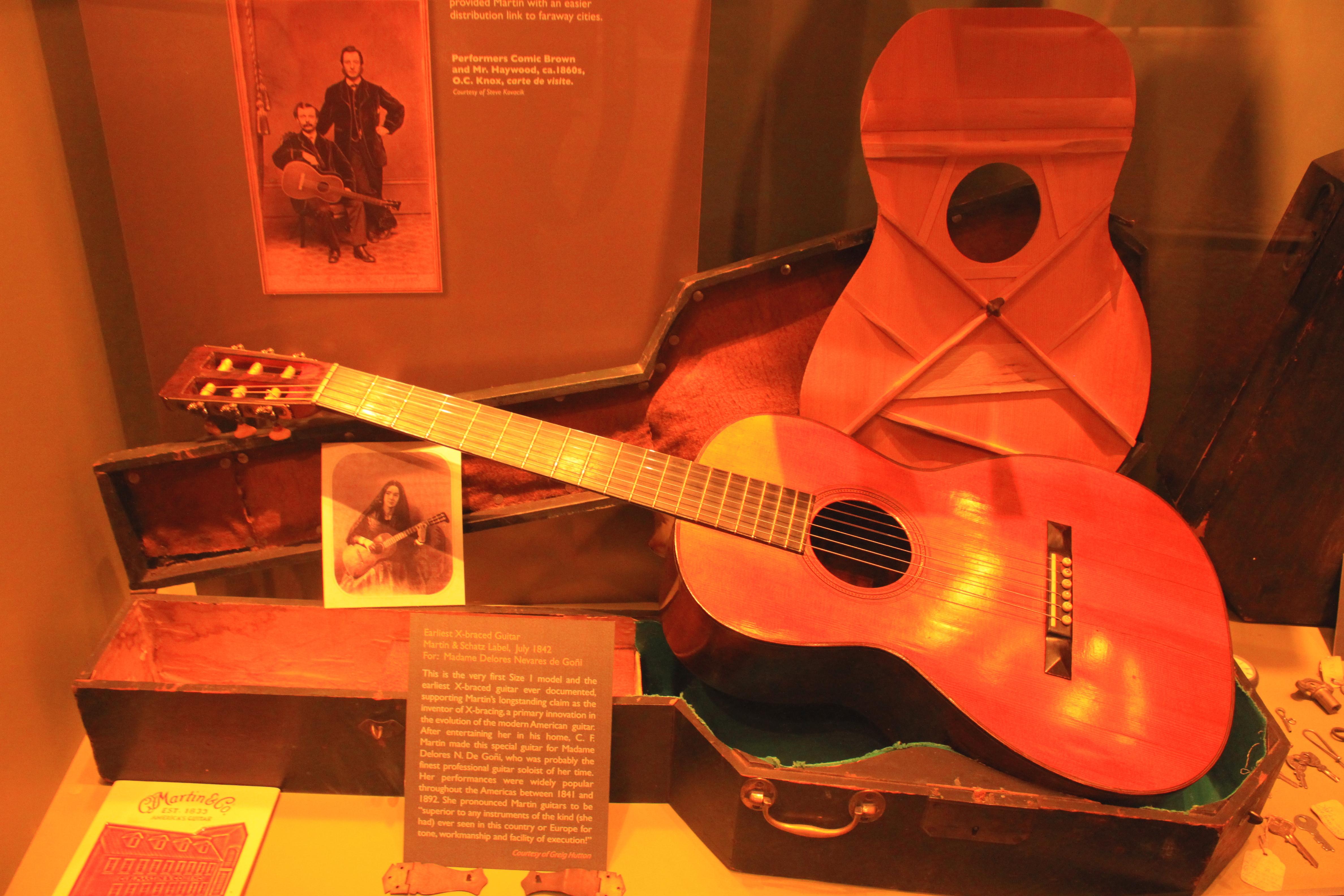 FileEarliest X Braced Guitar July 1842 Martin Schatz Label For Delores Nevares De Goni