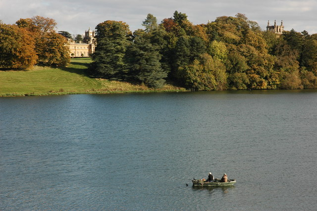 Fishing boat on The Lake, Blenheim - geograph.org.uk - 1017053