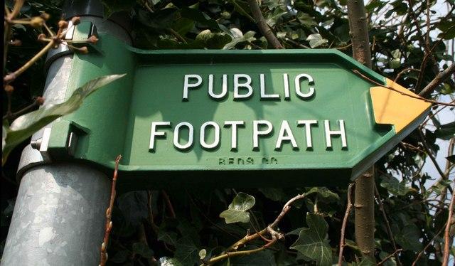 File:Footpath Sign - geograph.org.uk - 376542.jpg