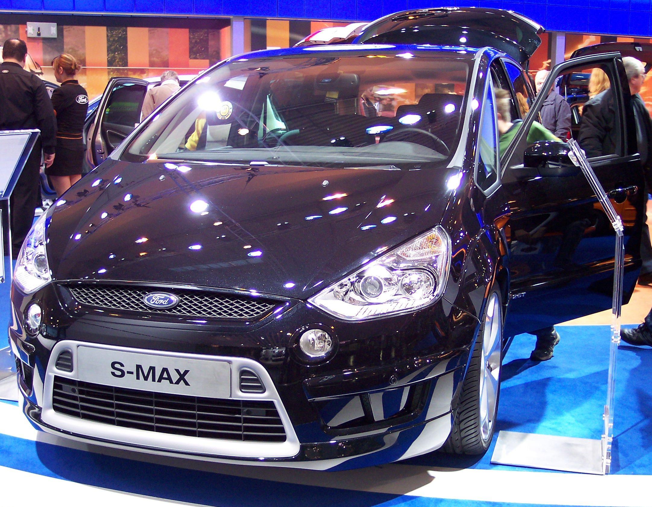 File:Ford SMax v blue EMS.jpg