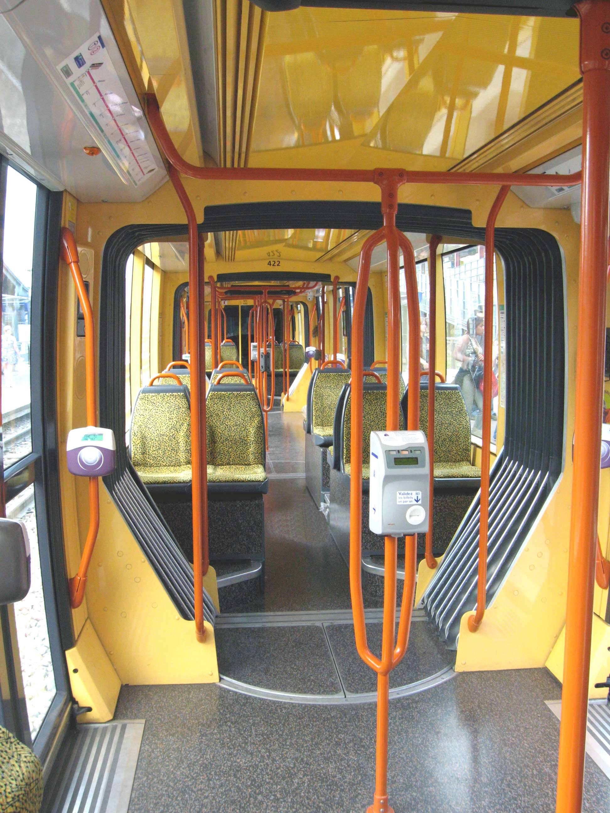 fichier interieur rame tramway wikip dia. Black Bedroom Furniture Sets. Home Design Ideas