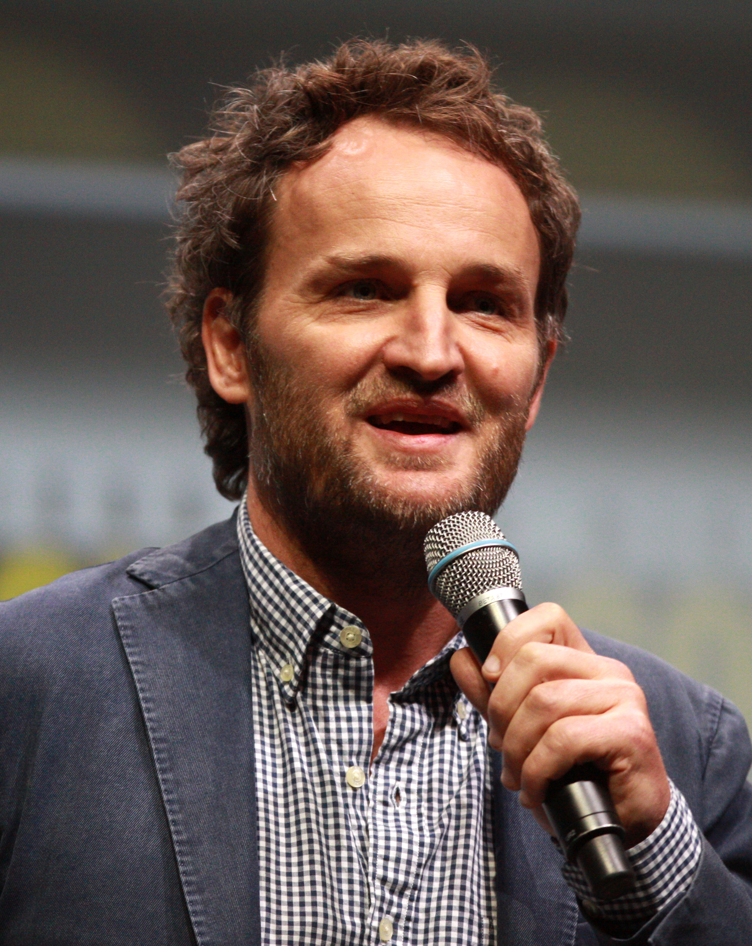 The 49-year old son of father (?) and mother(?) Jason Clarke in 2018 photo. Jason Clarke earned a  million dollar salary - leaving the net worth at 2 million in 2018