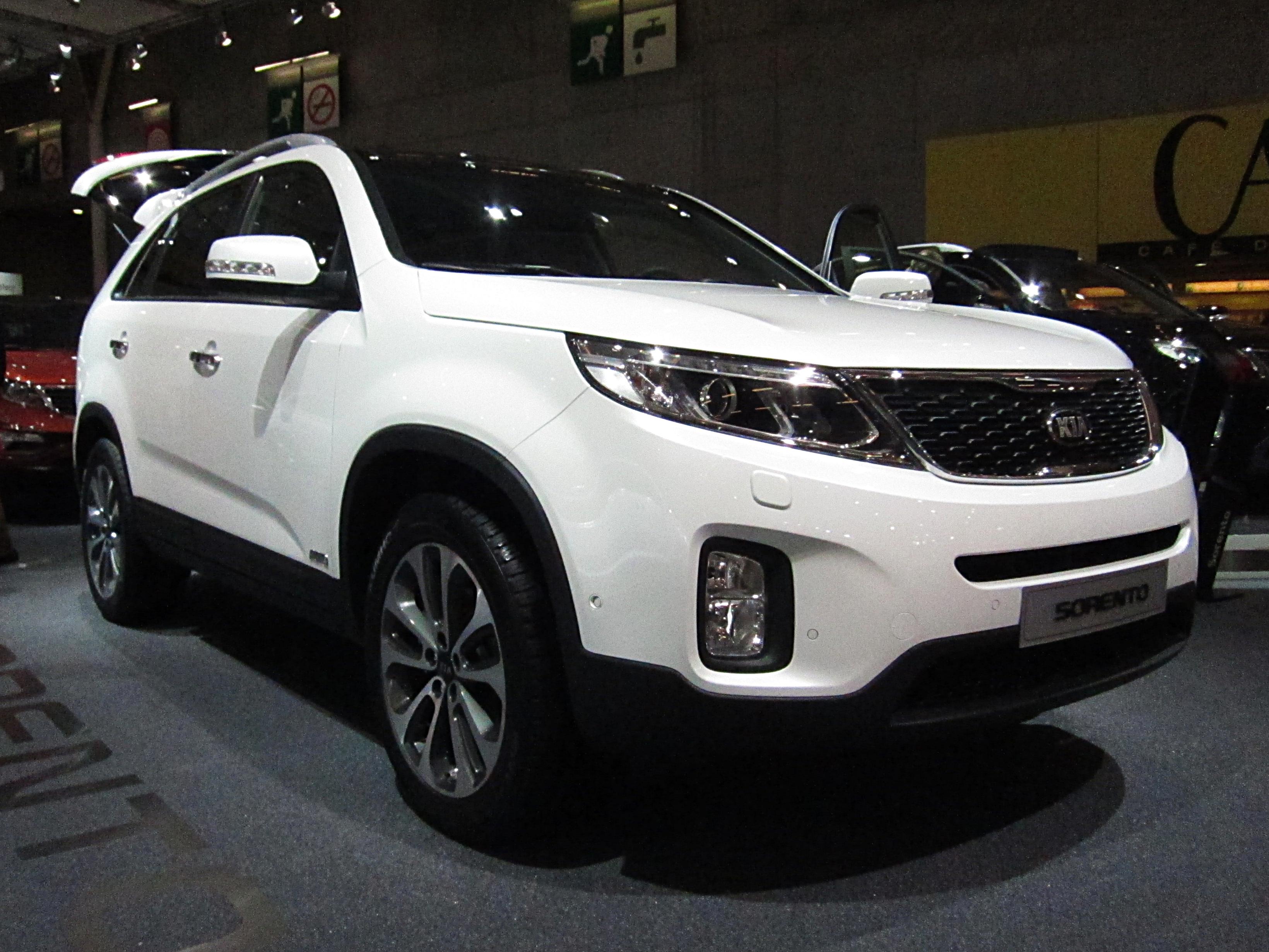 File:Kia Sorento facelift (front quarter).JPG - Wikimedia ...